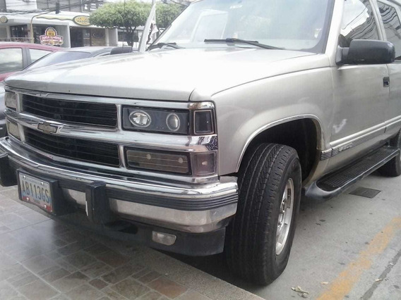 Chevrolet Grand Blazer 2