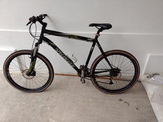 Bicicleta Specialized Cuadro 26 Usada