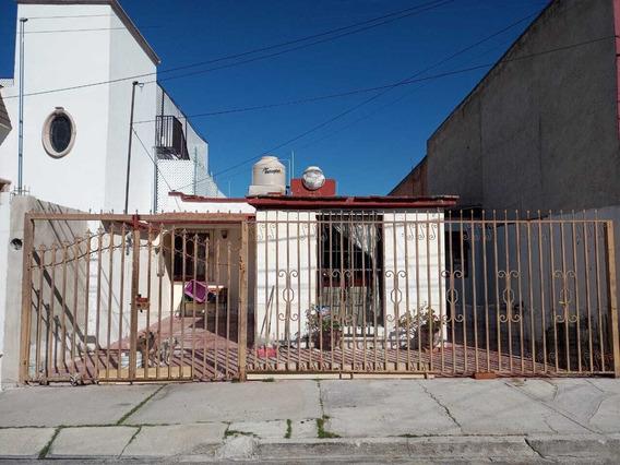 Casa En Venta, Colinas Del Rio, Rio Rhin, Aguascalientes, Ags, Rcv 385456.