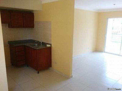 Se Vende Comodo Apartamento En El Res, Pablo Mella Morales