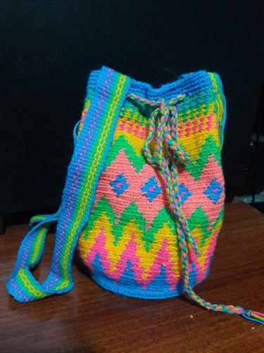 Minibolso Tejido A Crochet En Técnica Tapestry