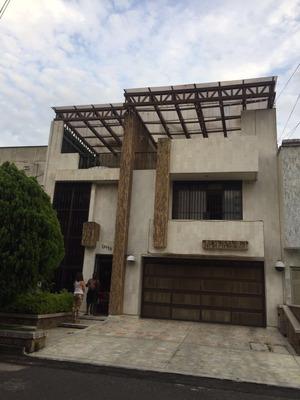 Casa El Ingenio Cali 1200 M2 Construidos