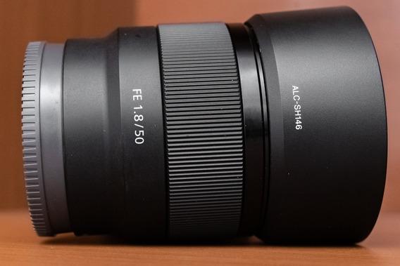 Lente Profissional Sony 50mm F/1.8 Fe Para A7 A7r A7s A6500