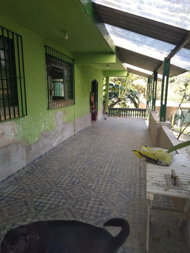 Imagem 1 de 14 de Chácara Em Juquitiba