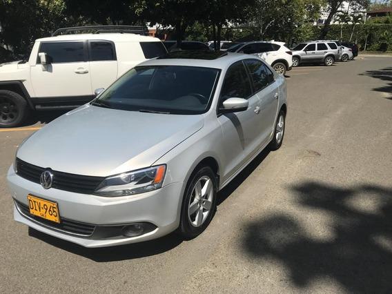 Volkswagen Nuevo Jetta 2.5 At 2012