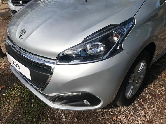 Peugeot 208 Allure 1.6 Stock