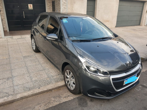 Peugeot 208 1.6 Active 2018