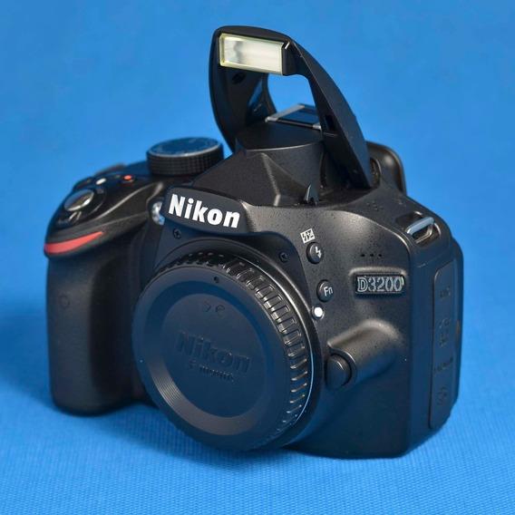 Câmera Nikon D3200 + Lente 18-55 Vr