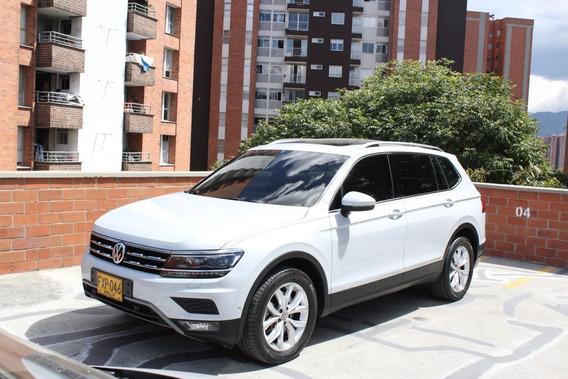 Volkswagen Tiguan Confortline Allspace 2.0 4x4 7 Puestos