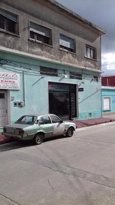 Casona Centrica San Carlos U$s 135.000 Por Planta