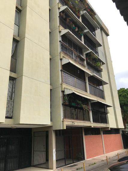 Apartamento En Alquiler En La Carlota