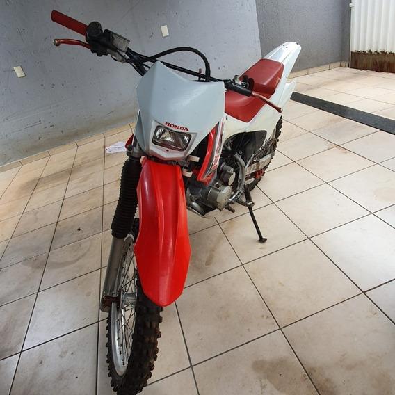 Vende-se Crf 230 + Carretinha Pra 3 Motos R$12.000,00