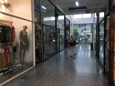 Local - Lomas De Zamora