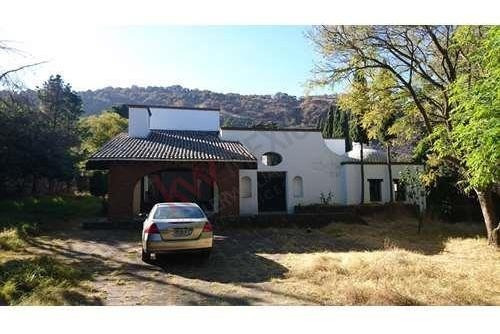 Venta Casa Sola Xochimilco Ciudad De México 1825 M2 De Terreno Acepto Créditos