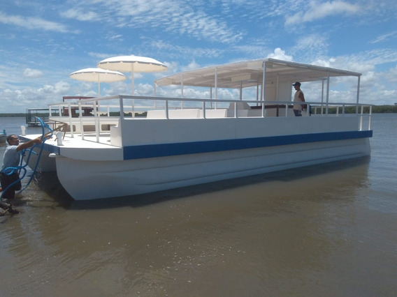 Catamarã Para 70 Passageiros