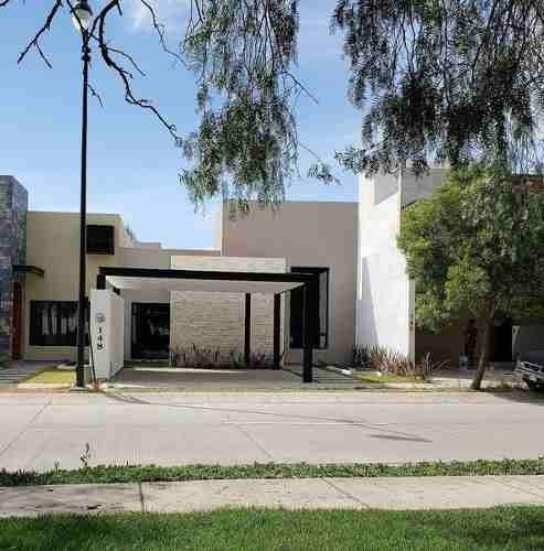 Casa Nueva En Venta - 1 Planta - Mayorazgo -arboledas 148 León,gto.