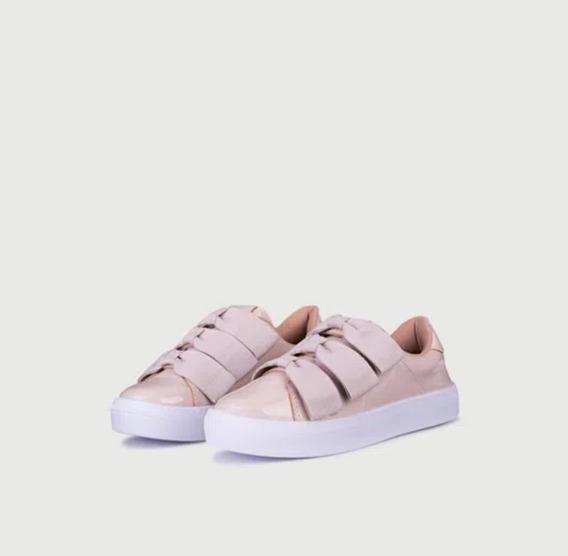 Zapatillas De Nenas Mini Viamo Carmelita (18 Cuotas)