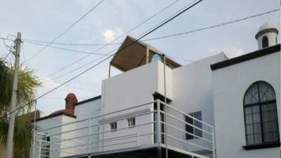 Cambio Casa En La Joya Por Terreno Comercial Y/o Local