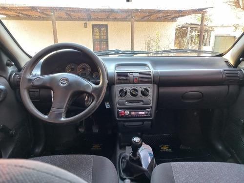 Imagen 1 de 4 de Chevrolet Corsa 1.6 Gl Classic