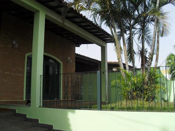 Casa Para Venda, 3 Dormitórios, Vila Paraíba - Guaratinguetá - 424