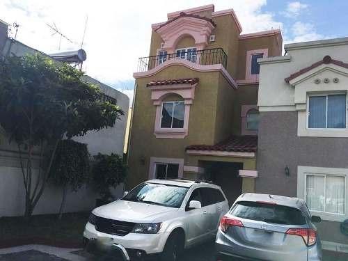 Casa En Venta En Urbi Quinta Montecarlo, Cuautitlán Izcalli, México