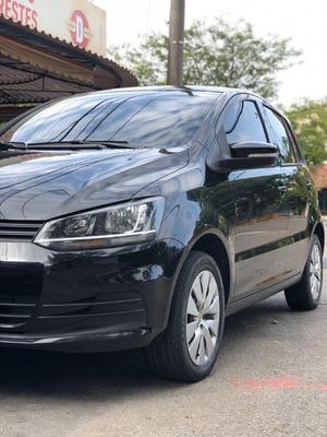 Volkswagen Fox 1.0 Trendline 2014/15 (modelo Novo)