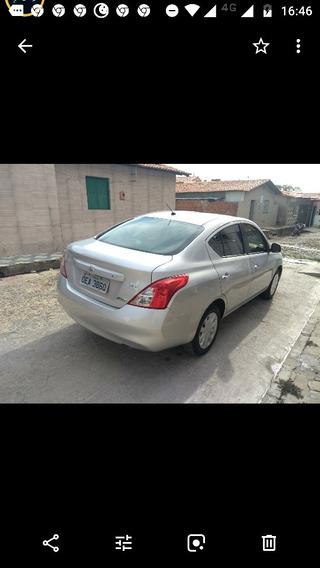 Nissan Versa 1.6 16v S Flex 4p 2012