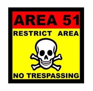 Placa Parede Decorativa Area 51 18x18 C Adesivo Frete Grátis