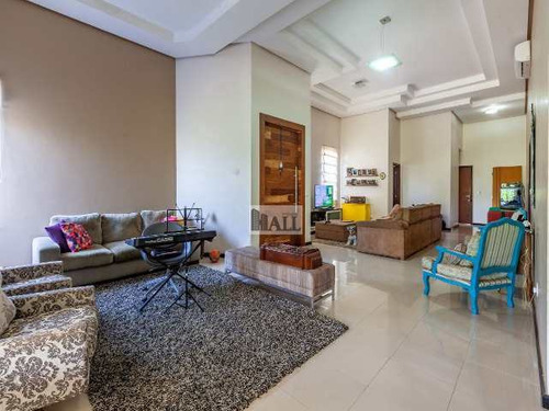 Casa À Venda Condomínio Damha Iii Com 3 Quartos, 243m², 4 Vagas - V7343