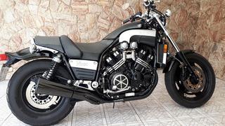 Yamaha V-max 1200 Black V-boost 145cv