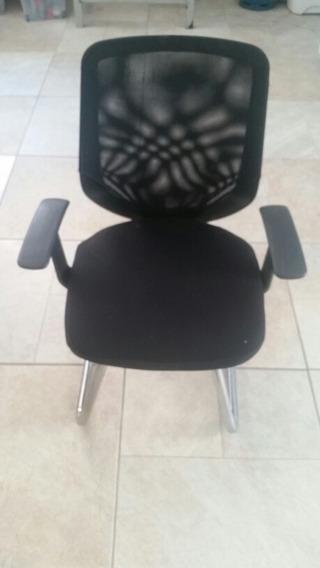 Cadeira Escritório Executiva Preta Com Base Cromada