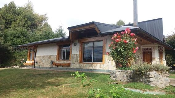 Casa En Venta Ubicado En Jardín Botánico, Bariloche