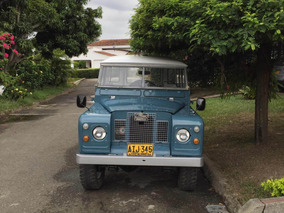 Land Rover Santana Series 2a