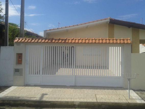 Linda Casa 700 Metros Da Praia, No Melhor Bairro De Peruibe