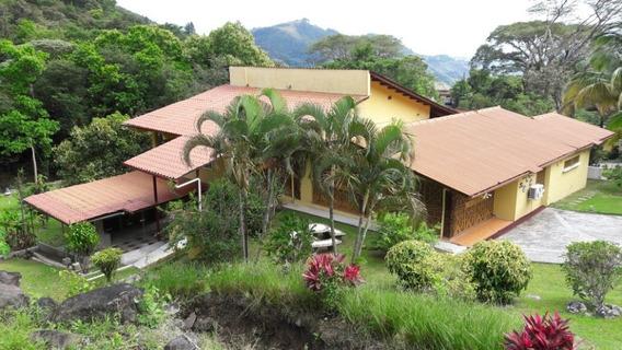 Casa De Alquiler Vacacional En Altos Del Maria
