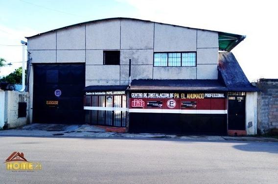 En Alquiler Galpón Con Edificación Comercial Barrio Sucre