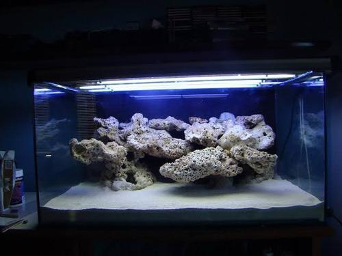 Imagem 1 de 5 de Rocha  Natural Do Mar