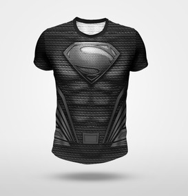 Remera Superman - Traje Negro