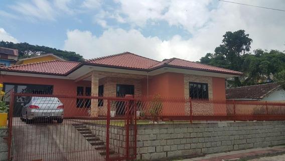 Casa No Centro Histórico De São José Com 4 Dormitórios. Totalmente Averbada. - Ca2108