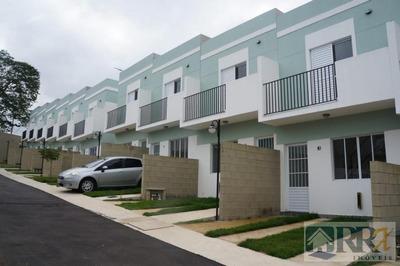 Casa Em Condomínio, 2 Dormitórios, 2 Banheiros, Piscina