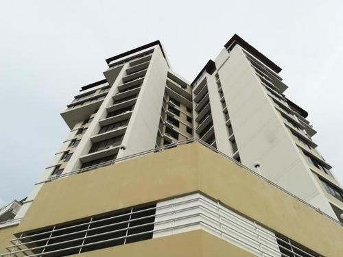 Imagen 1 de 13 de Venta De Apartamento En Ph Chaquira Plaza, El Carmen 20-7857
