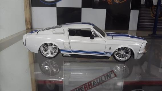 Miniatura Shelby Gt 500 1967 Jada Toys 1/24