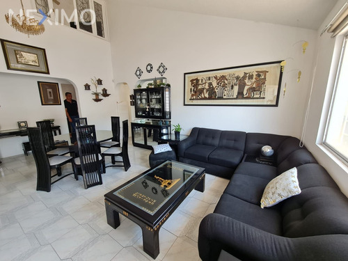 Imagen 1 de 15 de Casa En Venta En Villas Del Parque Querétaro
