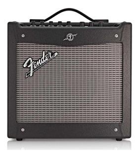 Amplificador Fender Mustang I (V.2) 20W transistor negro y plata 110V