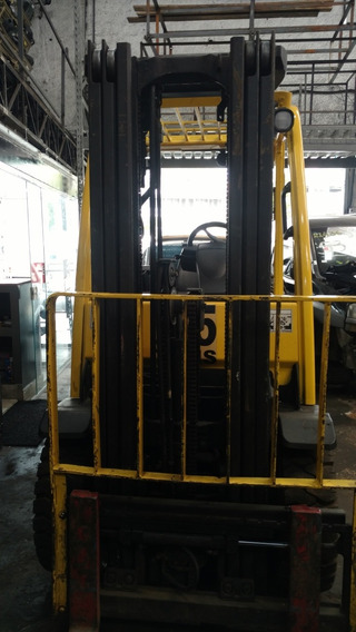 Empilhadeira Hyster 2,5 Tons. 2012 Torre Triplex 4,60 Alto