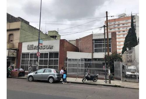 Edificio Comercial En La Mejor Zona De Lanus