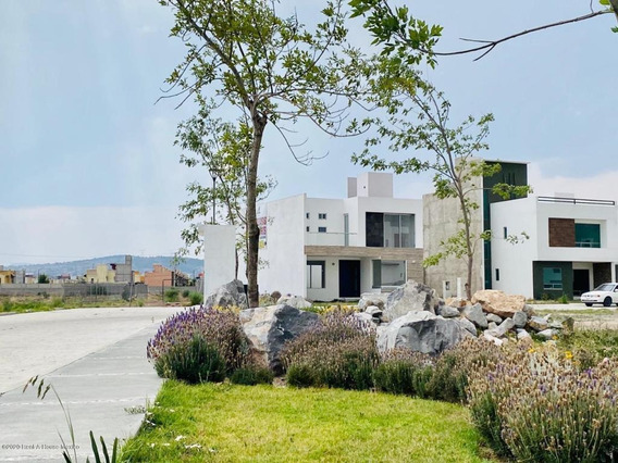Casa En Venta En San Antonio Manantial 20-2566 Ru