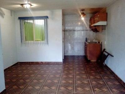 Venta De Casa De 2 Rec. Dentro De Condominio En Tecamac