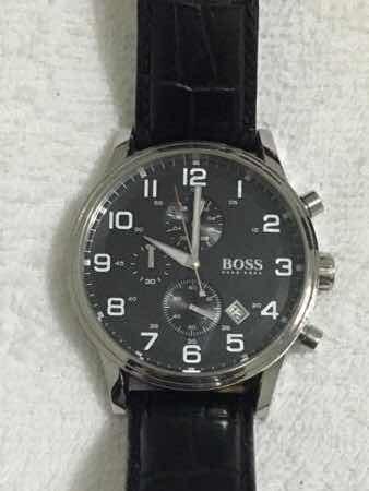 Relógio Hugo Boss Pulseira De Couro Coroa 4.4cm