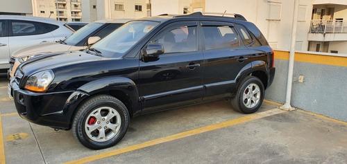 Imagem 1 de 4 de Hyundai Tucson 2013 2.0 Gls 4x2 Aut. 5p